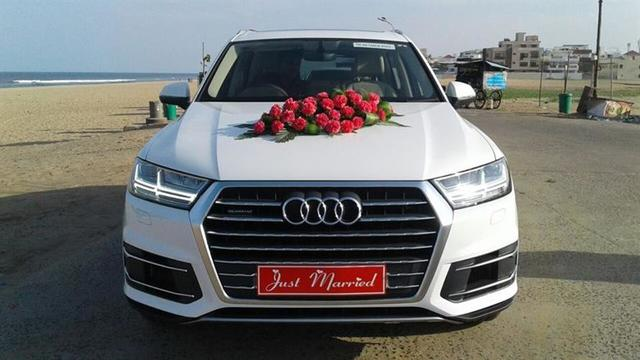 Luxury car rental in Chandigarh, wedding car on rent in Chandigarh